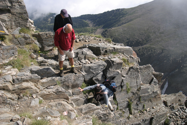 Randonnée dans la cheminée du Canigou © B.Jamorski